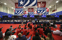 ST. LOUIS, Oct. 10, 2016 (Xinhua) -- Volunteers and media staff watch live broadcast of the 2016 presidential debate at the media center in Washington University in St. Louis, Missouri, the United States, Oct. 9, 2016. The second of three U.S. presidential debates between the Democratic and Republican nominees Hillary Clinton and Donald Trump was held in Washington University on Sunday. (Xinhua/Wang Ying) (wtc) (Credit Image: © Zheng Huansong/Xinhua via ZUMA Wire)