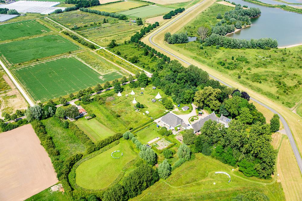 Nederland, Gelderland, Bemmel, 26-06-2014; Landschapstriennale Lingezegen, lokatie<br /> 'Bruispunt Doornik'.<br /> Location landscape triennale.<br /> luchtfoto (toeslag op standaard tarieven);<br /> aerial photo (additional fee required);<br /> copyright foto/photo Siebe Swart.