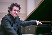 Cincinnati World Piano Competition presents Artem Yasynsky, 2015  Gold Medalist & Audience Favorite performing at Weill Hall at Carnegie Hall. (Photo: www.JeffreyHolmes.com)