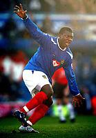 Fotball<br /> Premier League England 2004/2005<br /> Foto: BPI/Digitalsport<br /> NORWAY ONLY<br /> <br /> 30.10.2004<br /> Portsmouth v Manchester United<br /> <br /> Yakubu celebrates firing in the second for Portsmouth