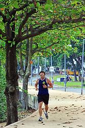 Jogging no calçadão de Ipanema - Rio de Janeiro - Brasil. FOTO: Jefferson Bernardes/Preview.com