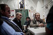 Anziani in un circolo privato. Troia 29 Maggio 2014.  Christian Mantuano / OneShot