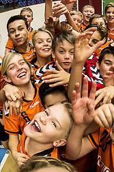 March 1, 2017 - Kristianstad, SVERIGE - 170301 Kristianstads ungdomare laddar infÅ¡r handbollsmatchen i Handbollsligan mellan Kristianstad och SkÅ¡vde den 1 mars 2017 i Kristianstad  (Credit Image: © Avdo Bilkanovic/Bildbyran via ZUMA Wire)