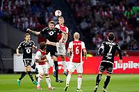 Fotball , 17. august k play-off Europa League , Ajax - Rosenborg BK ,  UEFA , <br /> Matthijs de Ligt in duel met Rosenborg-speler Nicklas Bendtner<br /> <br /> Norway only