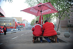 South Africa - Johannesburg, Emirates Airlines Park. 24/08/18  Currie Cup. Lions vs Griquas.<br /> Rugby fans at one of the fast food outlets.<br /> Picture: Karen Sandison/African News Agency(ANA)