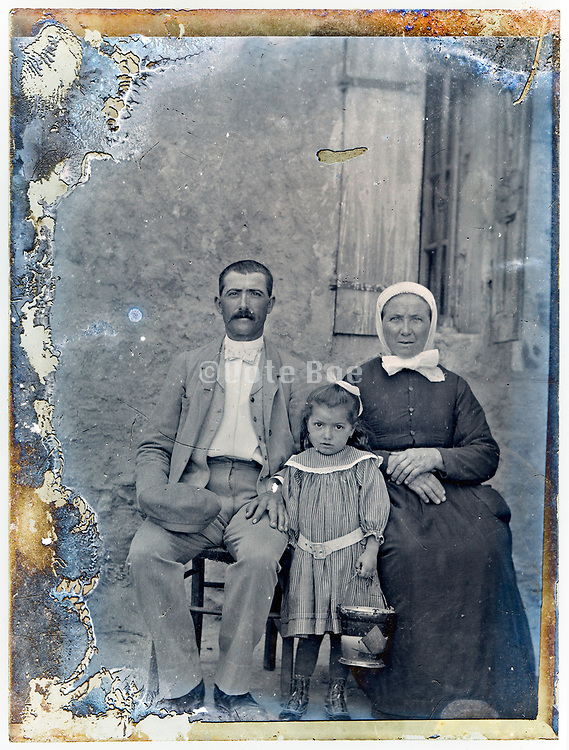 three generation portrait early 1900s France