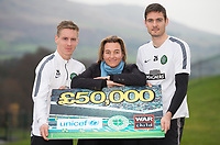 20/11/14 <br /> LENNOXTOWN<br /> Celtic pair Stefan Johansen (left) and Craig Gordon join UNICEF UK Partnership Manager Lucinda Rivers as the club show their continued support for Warchild and UNICEF
