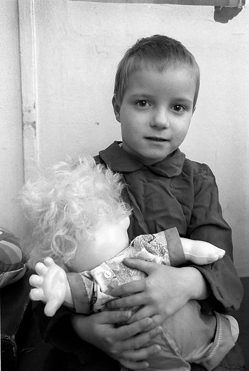 TSIMBALINA HOSPITAL FOR ABANDONED CHILDREN<br /> NEVSKII RAYON AREA<br /> AGES 11/2 TO 10 YEARS<br /> kids spend 24 hours in quarantine to check for disease. They can stay in hospital for up to 6 months then into children's home.<br /> <br />  St Petersburg, Russia