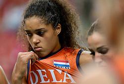 25-09-2014 ITA: World Championship Volleyball Nederland - USA, Verona<br /> Nederland verliest met 3-0 van team USA / Celeste Plak, Myrthe Schoot