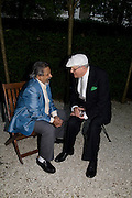 V.S. NAIPAUL AND DAVID HOCKNEY, Tatler Summer Party. The Hempel. Craven Hill Gdns. London. 25 June 2008 *** Local Caption *** -DO NOT ARCHIVE-© Copyright Photograph by Dafydd Jones. 248 Clapham Rd. London SW9 0PZ. Tel 0207 820 0771. www.dafjones.com.