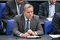 08 NOV 2018, BERLIN/GERMANY:<br /> Leif-Erik Holm, MdB, AfD, Bundestagsdebatte zum Gesetzentwurf der Bundesregierung ueber Leistungsverbesserungen und Stabilisierung in der gesetzlichen Rentenversicherung, Plenum, Deutscher Bundestag<br /> IMAGE: 20181108-01-025<br /> KEYWORDS: Sitzung