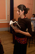 Laura Dainty. Book launch of Take A Girl Like Me - Life With George by Diana Melly. The Polish Club. Exhibition Rd. London. 21 July 2005. ONE TIME USE ONLY - DO NOT ARCHIVE  © Copyright Photograph by Dafydd Jones 66 Stockwell Park Rd. London SW9 0DA Tel 020 7733 0108 www.dafjones.com