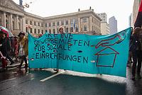 DEU, Deutschland, Germany, Berlin, 14.04.2018: Demonstration gegen steigende Mieten unter dem Motto Wiedersetzen - Gemeinsam gegen Verdrängung und Mietenwahnsinn. Transparent mit Forderung: Keine Gewerbemieten für soziale Einrichtungen.