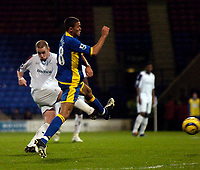 Photo: Jed Wee.<br /> Bolton Wanderers v Tottenham Hotspur. The Barclays Premiership. 07/11/2005.<br /> <br /> Bolton's Kevin Nolan (L) fires his team into a 1-0 lead.