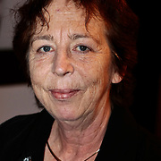 NLD/Amsterdam/20100201 - Perspresentatie Hunebed tot Hyves: de cabaretcanon van de Nederlandse geschiedenis, Renate Dorrestein