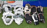 AERDENHOUT - 08-04-2012 -  Bescherming bij de strafcorner, zondag tijdens de wedstrijd tussen Nederland Jongens A en Spanje Jongens A (4-1) , tijdens het Volvo 4-Nations Tournament op de velden van Rood-Wit in Aerdenhout. FOTO KOEN SUYK