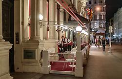 THEMENBILD - Aussenansicht des Hotel Sacher Wien bei Nacht, aufgenommen am 03. Juli 2017, Wien, Österreich // Exterior view of the Hotel Sacher Vienna at night, Vienna, Austria on 2017/07/03. EXPA Pictures © 2017, PhotoCredit: EXPA/ JFK