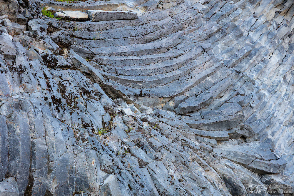 Irregular columnar jointing, called entablature, is visible on an exposed hillside near Artist Point in the North Cascades of Washington state. These types of rock columns are formed when volcanic rocks cool, contract and crack.