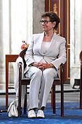 AMSTERDAM, 04-06-2021, Paleis op de Dam<br /> <br /> Prinses Beatrix der Nederlanden reikt in het Koninklijk Paleis Amsterdam de Zilveren Anjers van het Prins Bernhard Cultuurfonds uit. Zowel de laureaten van 2021 als die van 2020 ontvangen hun Zilveren Anjer. Vanwege de uitbraak van het coronavirus kon de uitreiking van de Zilveren Anjers vorig jaar geen doorgang vinden. <br /> FOTO: Brunopress/Patrick van Emst<br /> <br /> Op de foto: Joop en Janine van den Ende