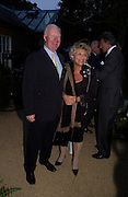 Sir Jocelyn Stevens and Dame Vivien Duffield. Cartier dinner after thecharity preview of the Chelsea Flower show. Chelsea Physic Garden. 23 May 2005. ONE TIME USE ONLY - DO NOT ARCHIVE  © Copyright Photograph by Dafydd Jones 66 Stockwell Park Rd. London SW9 0DA Tel 020 7733 0108 www.dafjones.com