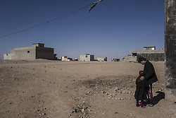 November 20, 2016 - Mosul, Nineveh Governorate, Iraq - Girl and her father in the libeated part of Mosul. (Credit Image: © Bertalan Feher via ZUMA Wire)