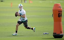 May 31, 2017 - Davie, Florida, U.S. - Miami Dolphins quarterback Ryan Tannehill (17) at Dolphins training facility in Davie, Florida on May 31, 2017. (Credit Image: © Allen Eyestone/The Palm Beach Post via ZUMA Wire)