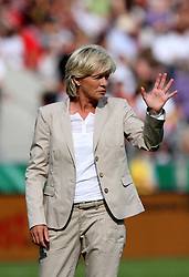 03.06.2011, Osnatel Arena, Osnabrueck, GER, WM 2012 FSP,  Deutschland (GER) vs Italien (ITA), im Bild Bundestrainerin Silvia Neid (GER) during the WM 2011 Friendly Game, Germany vs Italy, at Osnatel Arena, Osnabrück, 2011-06-03, .EXPA Pictures © 2011, PhotoCredit: EXPA/ nph/  Hessland       ****** out of GER / SWE / CRO  / BEL ******