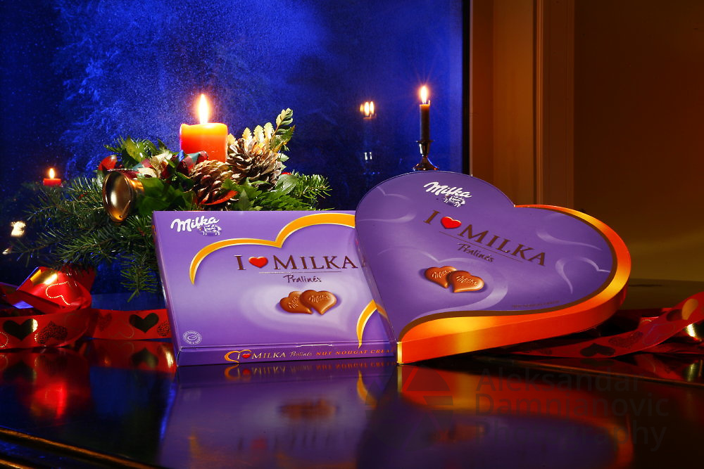 Art directed image for Milka chocolate Christmas  print ad<br /> Client: Ogilvy Belgrade