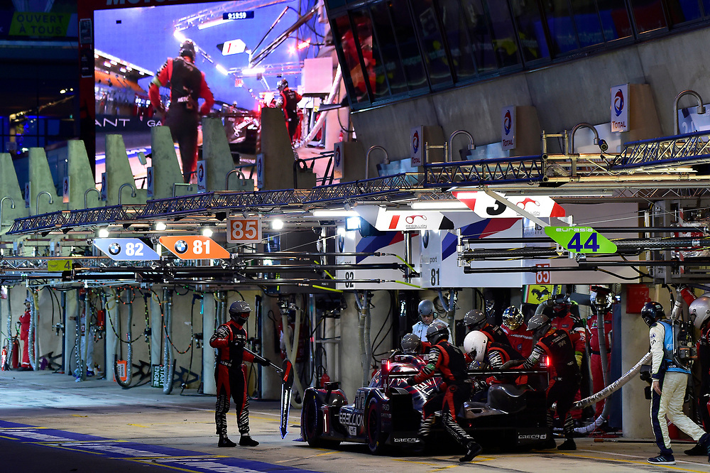 #3 Rebellion Racing Rebellion R-13: Mathias Beche, Gustavo Menezes, Thomas Laurent, pit stop<br /> Sunday 17 June 2018<br /> 24 Hours of Le Mans<br /> 2018 24 Hours of Le Mans<br /> Circuit de la Sarthe  FR<br /> World Copyright: Scott R LePage