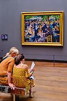 France, Paris (75), zone classée Patrimoine Mondial de l'UNESCO, Musée d'Orsay, Bal du moulin de la Galette, Pierre Auguste Renoir // France, Paris, Orsay museum, Bal du moulin de la Galette, Pierre Auguste Renoir