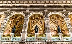THEMENBILD - Aussenansicht Wiener Staatsoper bei Nacht, aufgenommen am 03. Juli 2017, Wien, Österreich // Exterior View of the Vienna State Opera at night, Vienna, Austria on 2017/07/03. EXPA Pictures © 2017, PhotoCredit: EXPA/ JFK
