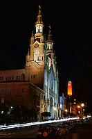 Saints Peter & Paul Church & Coit Tower, Washington Square