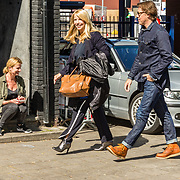 NLD/Amsterdam/20170508 - Lancering L'HOMO, aankomst Linda de Mol en partner Jeroen Rietbergen