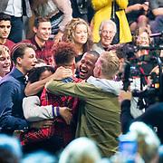 NLD/Amsterdam/20171030 - Holland Next Top Model 2017 finale, winnaar Montell van Leijen wordt gefeliciteerd door vrienden en familie ao zijn broer