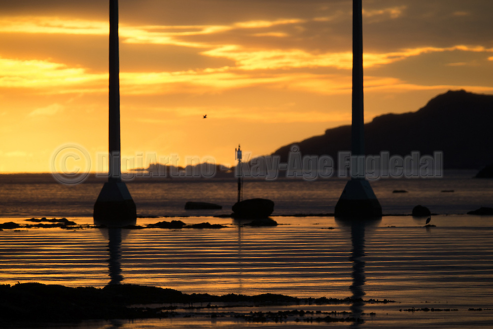 Sunset under Kvalsund bridge   Solnedgang under Kvalsundbrua