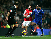 Photo: Tom Dulat/Sportsbeat Images.<br /> <br /> Arsenal v Chelsea. The FA Barclays Premiership. 16/12/2007.<br /> <br /> Cesc Fabregas of Arsenal and Jon Obi Mikel of Chelsea fight for the ball.