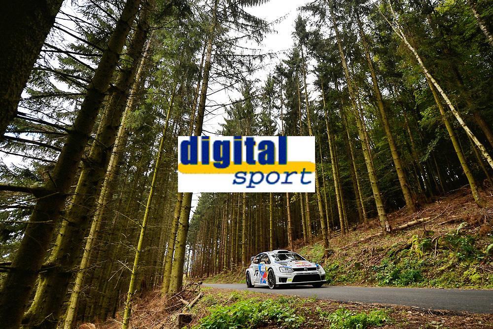 Andreas Mikkelsen (NOR)/Ola Floene (NOR)-Volkswagen Polo WRC