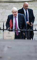© Licensed to London News Pictures. 23/11/2016. London, UK. Foreign secretary BORIS JOHNSON arrives on Downing Street in London for a cabinet meeting before Chancellor Philip Hammond delivers his first Autumn statement to parliament. Photo credit: Ben Cawthra/LNP