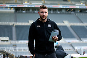 Paul Dummett (#3) of Newcastle United arrives ahead of the Premier League match between Newcastle United and Crystal Palace at St. James's Park, Newcastle, England on 21 December 2019.