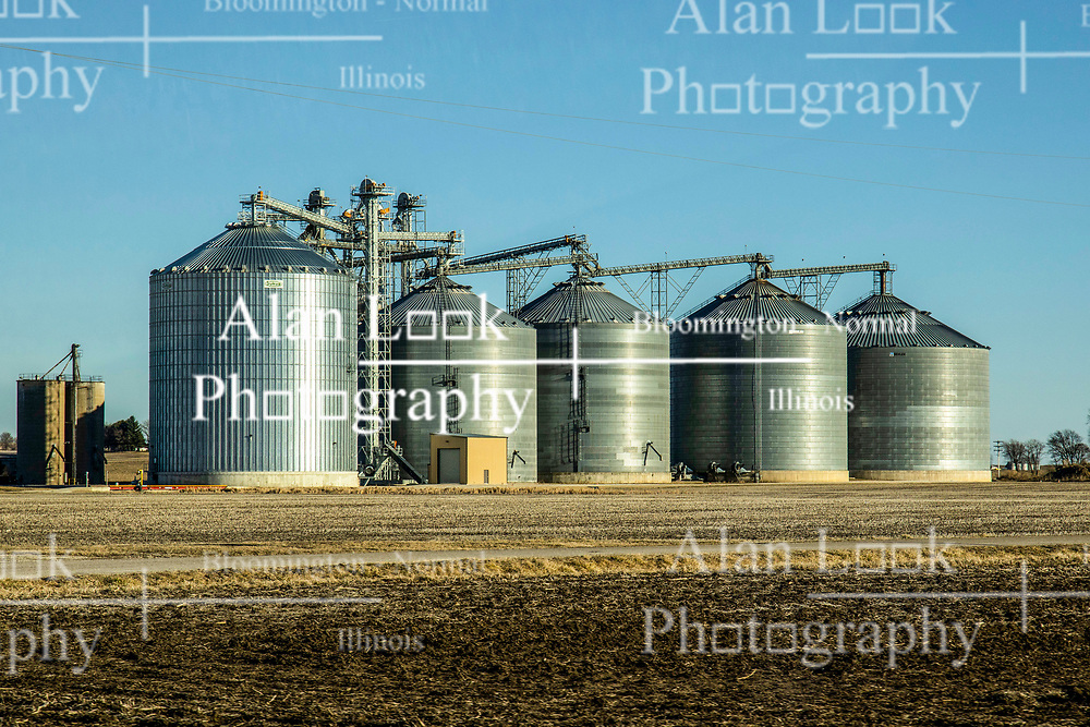 Large grain storage and processing facility in Central Illinois