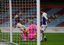 Jay Rodriguez of Burnley (L) has a shot at goal - Mandatory by-line: Jack Phillips/JMP - 23/11/2020 - FOOTBALL - Turf Moor - Burnley, England - Burnley v Crystal Palace - English Premier League