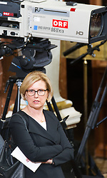 08.07.2016, Historischer Sitzungssaal, Wien, AUT, Parlament, Bundesversammlung zur Verabschiedung des scheidenden Bundespräsidenten Fischer, im Bild Rechnungshofpräsidentin Margit Kraker // President of the Court of Audit Margit Kraker during farewell ceremony for the federal president of austria at austrian parliament in Vienna, Austria on 2016/07/08, EXPA Pictures © 2016, PhotoCredit: EXPA/ Michael Gruber