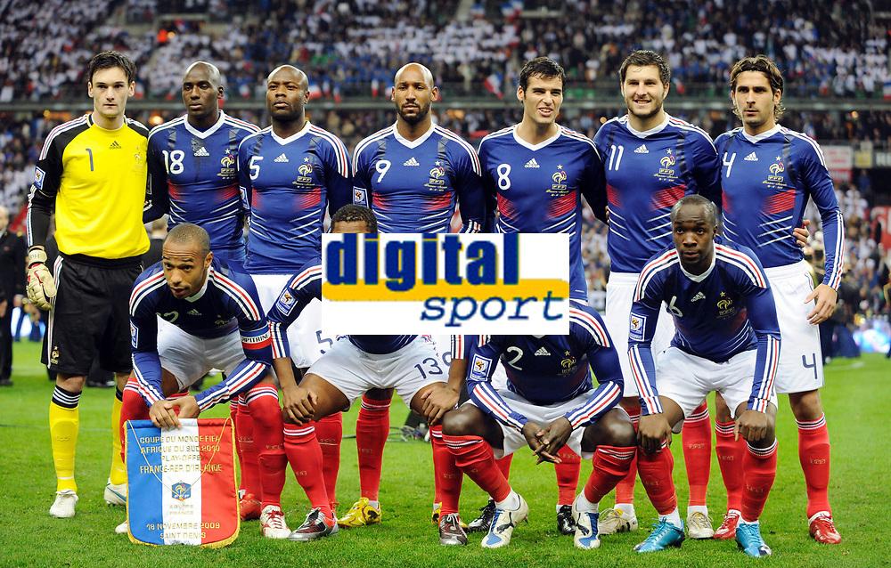 Fotball<br /> Frankrike v Irland<br /> Foto: DPPI/Digitalsport<br /> NORWAY ONLY<br /> <br /> FOOTBALL - FIFA WORLD CUP 2010 - PLAY OFF - 2ND LEG - FRANCE v REPUBLIC OF IRELAND - 18/11/2009<br /> <br /> LAGBILDE FRANKRIKE ( BACK ROW LEFT TO RIGHT : HUGO LLORIS / ALOU DIARRA / WILLIAM GALLAS / NICOLAS ANELKA / YOANN GOURCUFF / ANDRE PIERRE GIGNAC / NICOLAS ESCUDE . FRONT ROW : THIERRY HENRY / PATRICE EVRA / BACARY SAGNA / LASSANA DIARRA )