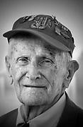 Nederland, Nijmegen, 4-6-2019Thomas Lucas, een van de laatst levende veteranen die in september 1944 tijdens operatie Market Garden de Nijmeegse Waalbrug veroverden na in canvasbootjes de Waal te zijn overgestoken en daarbij bijna 20% van de manschappen verloren. Vandaag ging hij voor de laatste keer de Waal over, nu via de nieuwe brug over de Waal,Oversteek, the Crossing .Foto: Flip Franssen