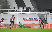 Football - 2021 / 2021 Premier League - Newcastle United vs Burnley - St Jame's Park<br /> <br /> Callum Wilson of Newcastle United scores a penalty to make it 3-1 to Newcastle<br /> <br /> COLORSPORT/BRUCE WHITE