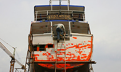 March 26, 2019 - Thessaloniki, Greece - Greek Shipyard workers working on repairing and painting ships in Thessaloniki, March 26, 2019. (Credit Image: © Grigoris Siamidis/NurPhoto via ZUMA Press)
