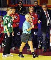 03.12.2008 Ohrid (FYR Macedonia)<br />Norway-Spain European women's handball championship<br /> Marit Breivik(4L) Norway head coach with Serbian referee Masic Zorica(3L) and Haraldsen Katrine Lunde(L)  <br />Foto:Aleksandar Djorovic