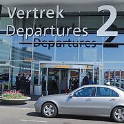 NLD/Amsterdam/20120422 - Vertrekhal 2 op Schiphol
