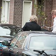 NLD/Amsterdam/20171014 - Besloten erdenkingsdienst overleden burgemeester Eberhard van der Laan, Matthijs van Nieuwkerk heeft een prive chauffeur