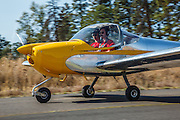 RV-12 with Airway Science for Kids taxiing at 2014 Hood River Fly-In at WAAAM.